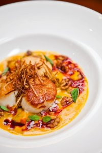Scallops red kuri squash, red beet puree, fried shallots
